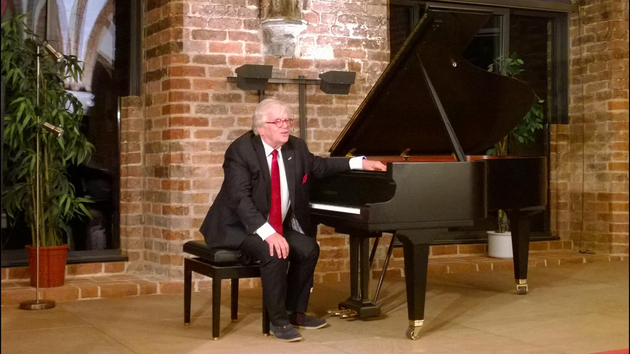 [fällt aus ] 29. März 2020 – Justus Frantz spielt Beethoven, Chopin und Debussy